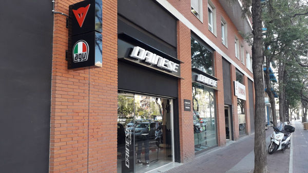 Dainese Valencia - Nuestra tienda Store